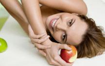 Những loại thực phẩm giúp bạn giảm cân và cải thiện sắc đẹp hiệu quả