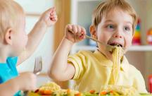 Kinh nghiệm giúp trẻ ăn ngon miệng hơn mỗi ngày