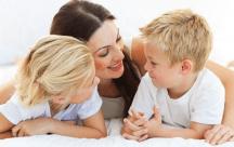 Bố mẹ nên nhìn tới tương lai của con trẻ trong quá trình dạy dỗ