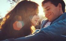 status tình yêu Anh chỉ có một tình yêu duy nhất. Dành tặng em bây giờ và mãi mãi