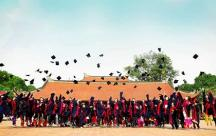 Những status dành cho ai chuẩn bị chia tay giảng đường đại học