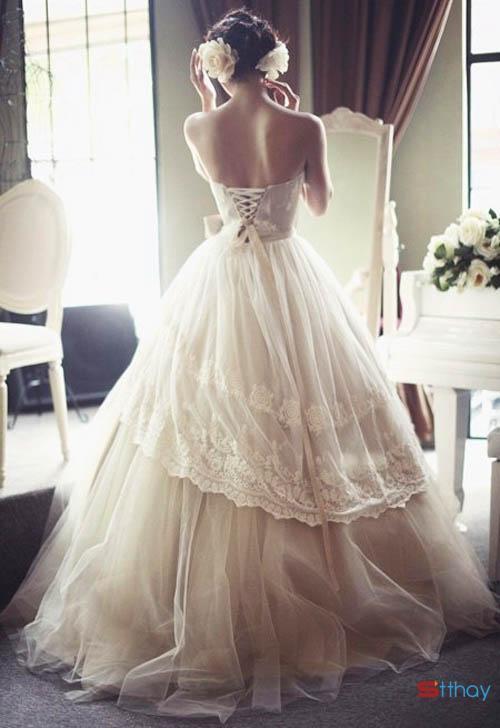 Status ý nghĩa Ngày em mặc váy cưới