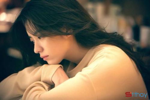 Stt tâm trạng viết cho những cảm xúc tiếc nuối, dằn vặt sau chia tay
