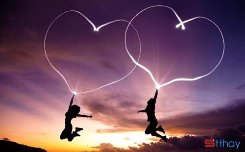Dù ở cạnh nhau nhưng khoảng cách hai trái tim đang xa nhau muôn ngàn dặm