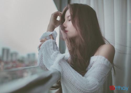 Status buồn đau khi chúng ta cùng ở dưới một bầu trời mà không thể chạm đến nhau?