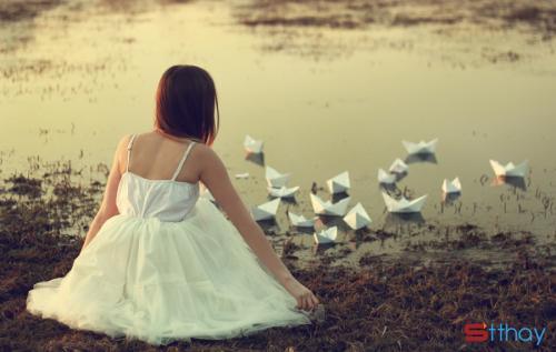 Status buồn viết cho những người đang yêu chấp nhận buông tay vì người kia không còn yêu nữa