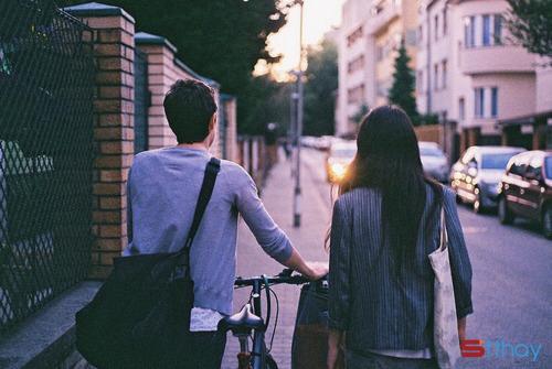 Những câu nói hay làm các cặp đôi yêu xa phải nghẹn ngào