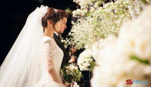 Những status ý nghĩa..... Sao con gái cứ phải lấy chồng hả mẹ?