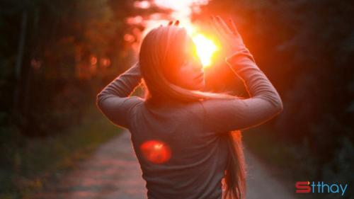 Stt buồn trong tình yêu Trên con đường dài đó, chúng tôi đã bỏ quên lời hứa ban đầu