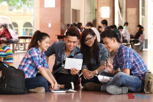 Status ý nghĩa Nếu có thể quay lại thời sinh viên, chị sẽ sống một cách ý nghĩa hơn