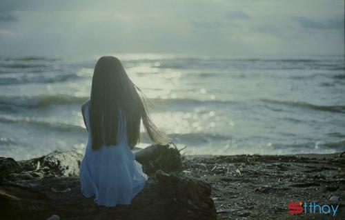 thanh xuân của mỗi người ai cũng vậy, đều mang theo hình dáng người mình đã từng thương, đến tận thời điểm bây giờ.