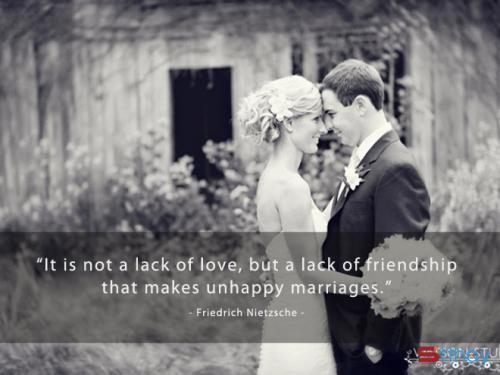 Những status sâu sắc về hôn nhân và hạnh phúc gia đình