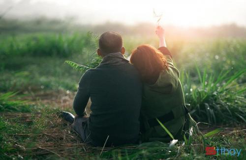 Stt hạnh phúc trong tình yêu là được bên nhau mỗi ngày