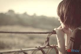 Status tình yêu Khoảng cách làm chúng ta rời xa nhau