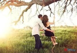 Status viết cho những trái tim đang yêu Yêu một người trưởng thành bạn sẽ thấy đó là một trái tim nhiều vết nhăn của năm tháng