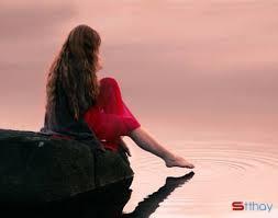 Status yêu thương Cô đơn trong tình yêu