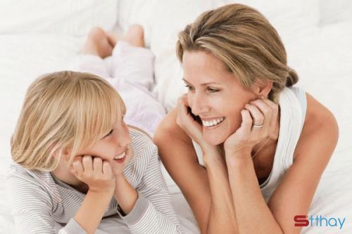 Nghệ thuật giao tiếp giúp bố mẹ và con hiểu nhau nhiều hơn mỗi ngày