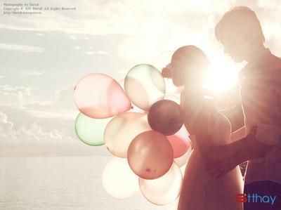Status tình yêu Em yêu anh bằng tất cả sự vụng dại ngây ngô của một đứa con gái chưa hiểu hết sự đời