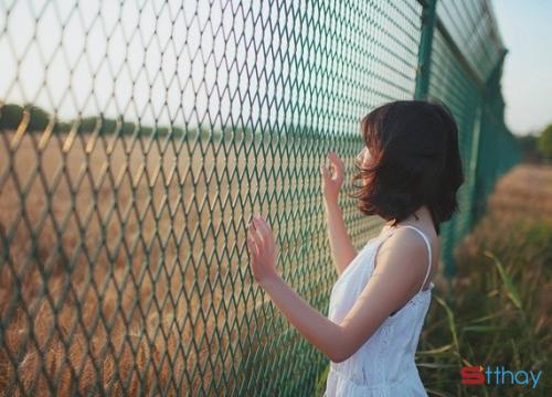 Stt về tình yêu thầm lặng đau thương nhất nhưng cũng mạnh mẽ nhấtStt về tình yêu thầm lặng đau thương nhất nhưng cũng mạnh mẽ nhất