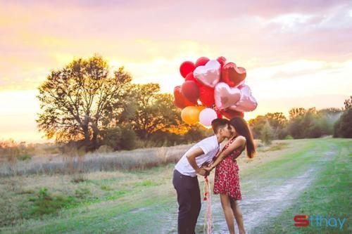 Status hay về tình yêu Khi bạn gặp được đúng người vào đúng thời điểm là sự bình yên chọn v