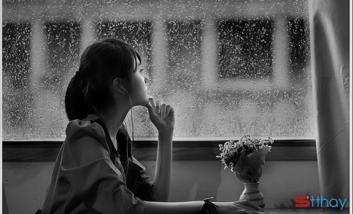 STT Tháng 4 những cơn mưa vội cũng đủ khiến lòng ai đó trùng xuống