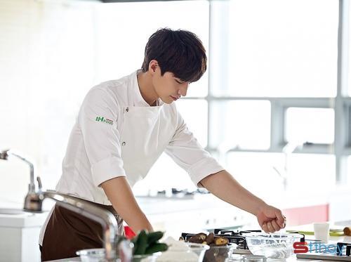 Stt khuyên chị em hãy yêu và lấy một chàng trai biết nấu ăn