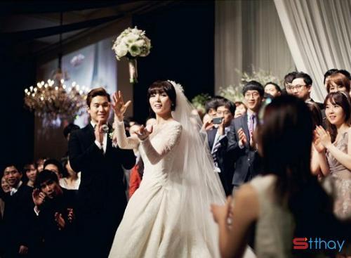 Chia sẽ những Stt cảm xúc đám cưới người yêu cũ vô cùng ý nghĩa
