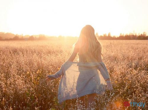 Gửi stt ý nghĩa đến những cô gái độc lập trong tình yêu và cuộc sống