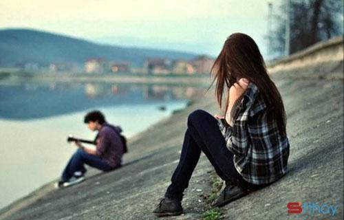 Những stt hay nhất dành cho ai đang yêu thầm một người nào đó