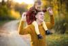 Bố mẹ dạy con biết nhân ái chính là vun đắp hạnh phúc cho con