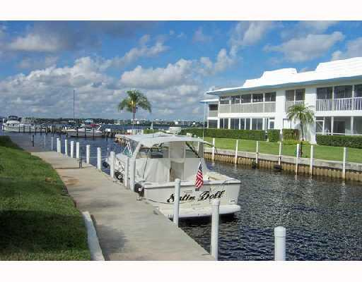 windjammer waterfront condos december 2016 market report