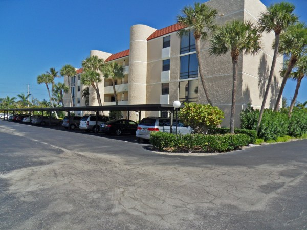 Fairwinds Cove Condos in Jensen Beach
