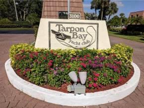 Tarpon Bay Yacht Club