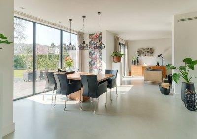 Moderne nieuwbouw woning met stijlvol interieur