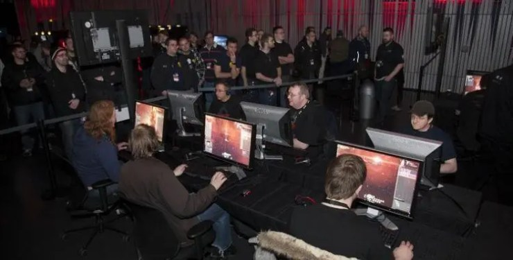 Playing EVE Online at Fanfest!