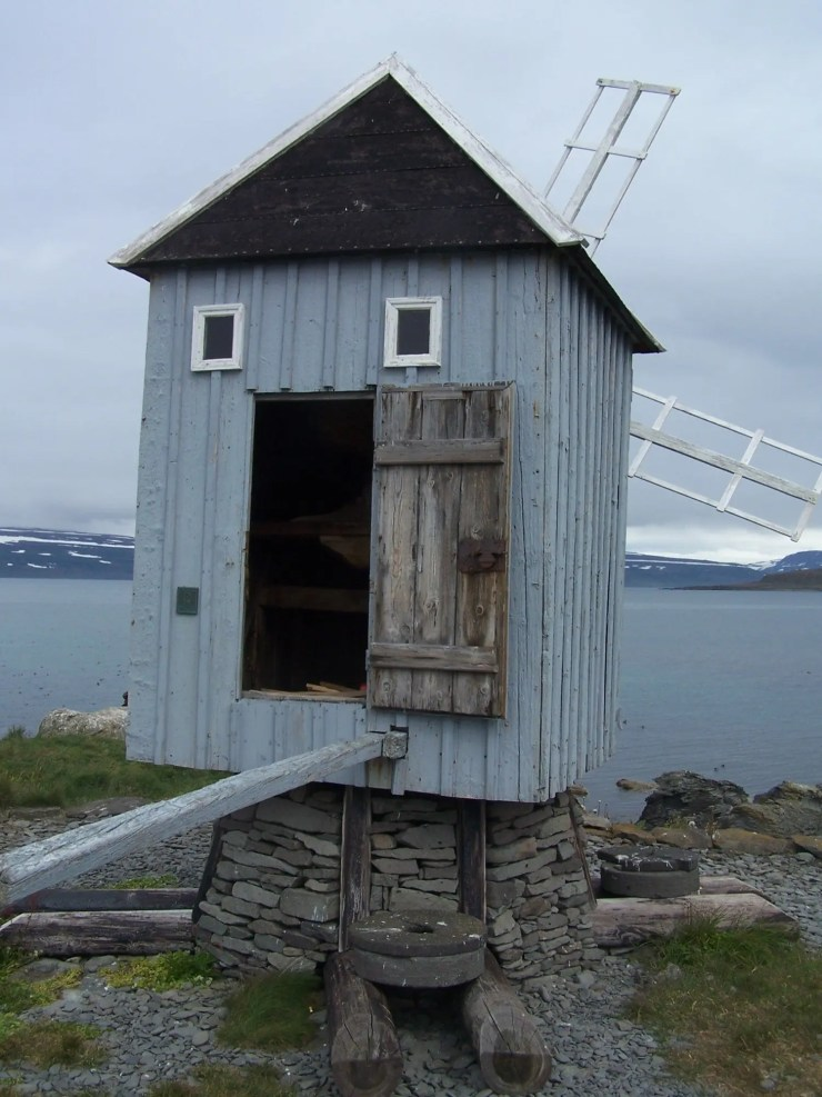 Once this was the only windmill in Iceland.