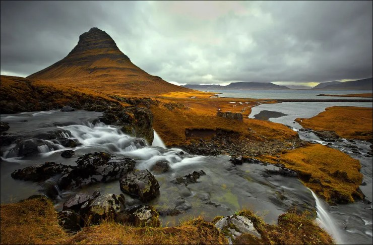 Kirkjufell in autumn