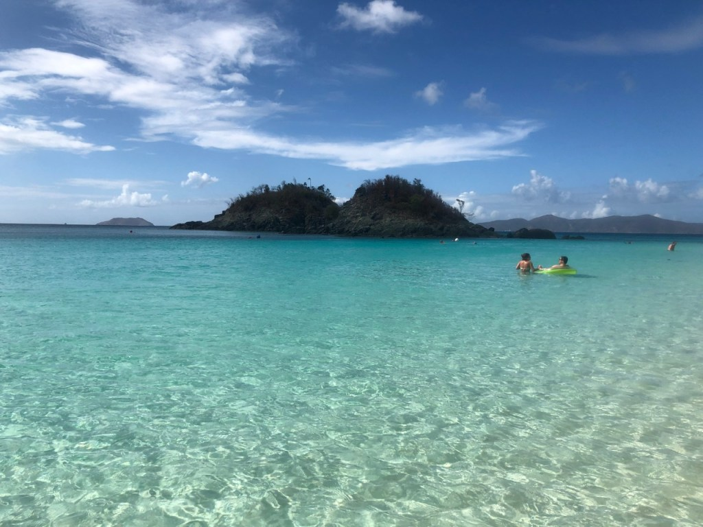 The snorkel trail at Trunk Bay on Saint John.