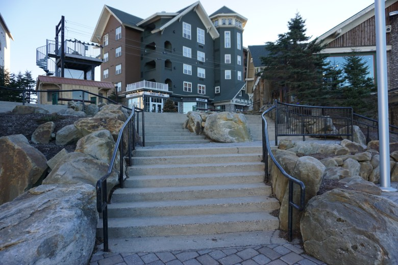 Condo building with restaurant below. Great place for Snowshoe, WV lodging.