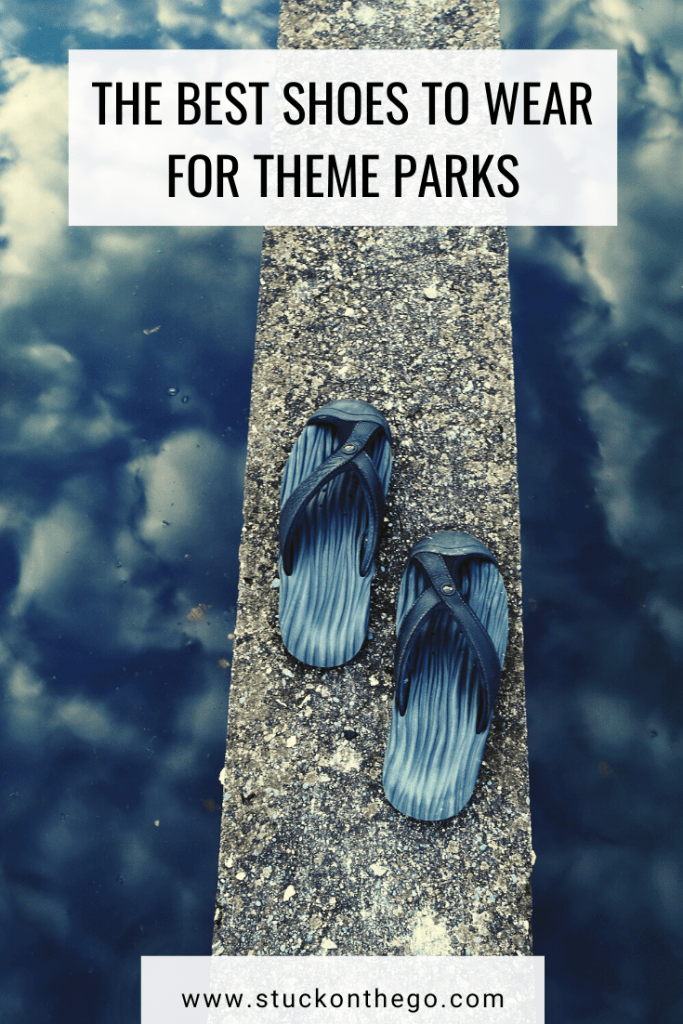 best shoes for theme parks | theme park shoes | what to wear to a theme park | shoes to wear at Disney World | shoes to wear at Universal Studios | shoes to wear at theme parks | water sandals for theme parks