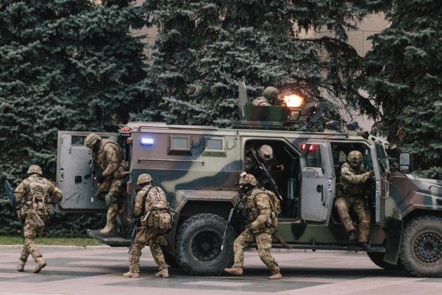 "В Харькове силовики провели ""освобождение"" ОГА 3"