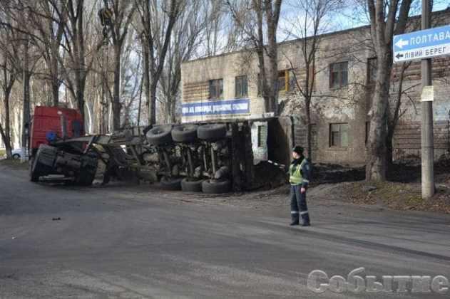 В Днепропетровской области сервисный центр МВД забрызгали 20 тоннами жидких фекалий 1