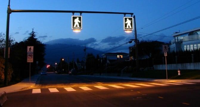 В Харькове появятся подсвечиваемые пешеходные переходы