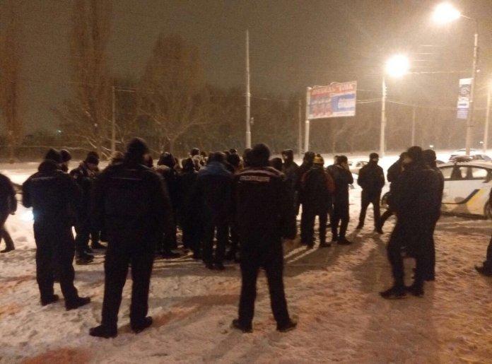 Полиция задержала активистов пытавшихся сорвать концерт Потапа и Насти в Харькове
