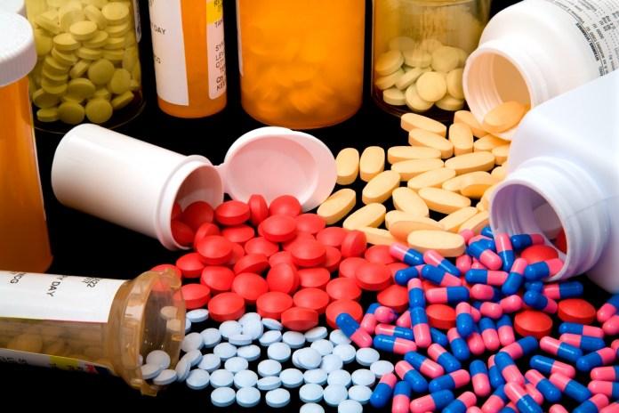 На Харьковщине СБУ перекрыла нелегальный канал поставок медикаментов террористам