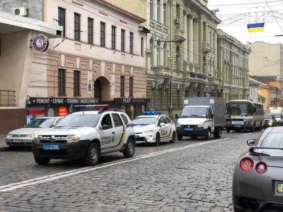 В Харькове состоялось траурное шествие памяти жертв Голодомора 6