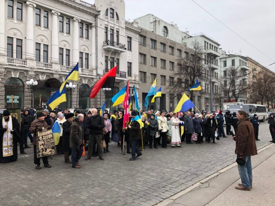 В Харькове состоялось траурное шествие памяти жертв Голодомора 10