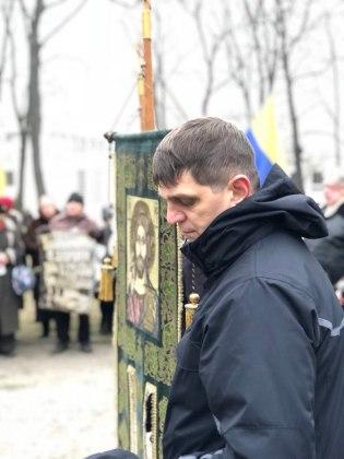 В Харькове состоялось траурное шествие памяти жертв Голодомора 17