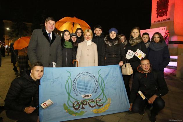 В Харькове состоялся флешмоб против насилия над женщинами 6
