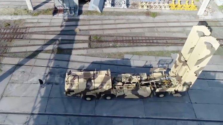 """В сети появились изображения готового к испытаниям украинского ракетного комплекса """"Гром-2"""" 3"""